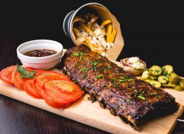 Bull Pen Steakhouse & BBQ at Old York Farms